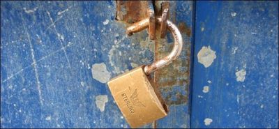 650x300xrusty-broken-lock.jpg.pagespeed.gp+jp+jw+pj+js+rj+rp+rw+ri+cp+md.ic.lwAchAquED