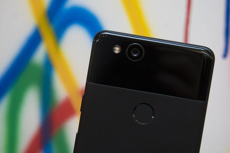 100417-google-pixel-2-7124